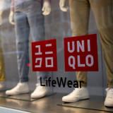 Fast Retailing sind trotz Kursrutsch teuer