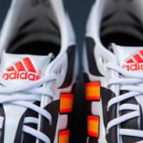 Adidas mit Gewinnwarnung
