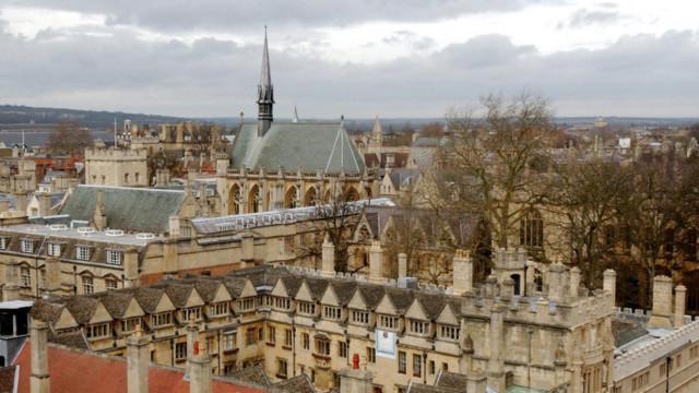 Eine Übersicht der Hochschulgebäude im Oxford-Stadtzentrum.
