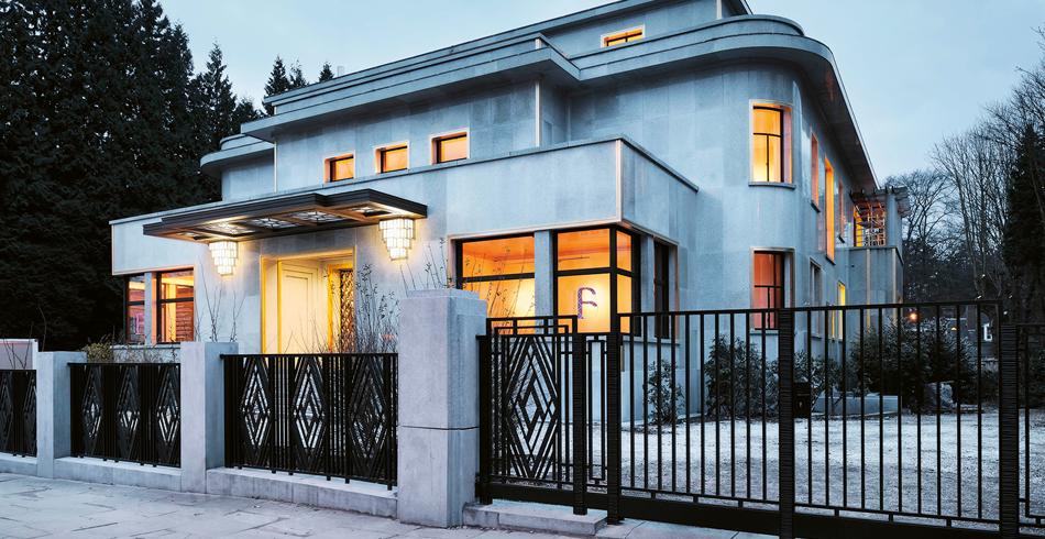 Die Villa Empain in Brüssel, Sitz der Stiftung Boghossian. Das Art-Déco-Gebäude, 1930 vom Schweiz