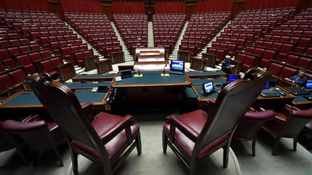 Die Abgeordnetenkammer in Rom. Spätestens am Montag müsse die neue Koalition stehen.