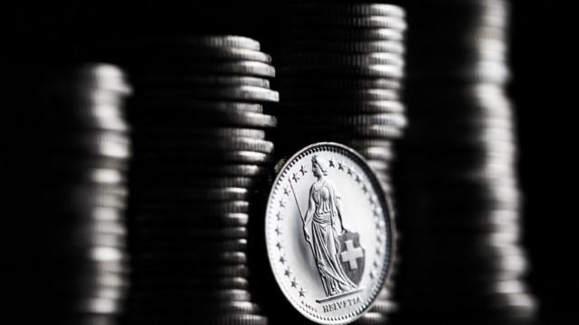 Vom Gesamtbetrag in Höhe von 31,8 Mrd. Fr. entfallen auf inländische Schuldner 21,4 Mrd. Fr.
