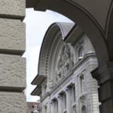 SNB hält an Negativzinsen fest