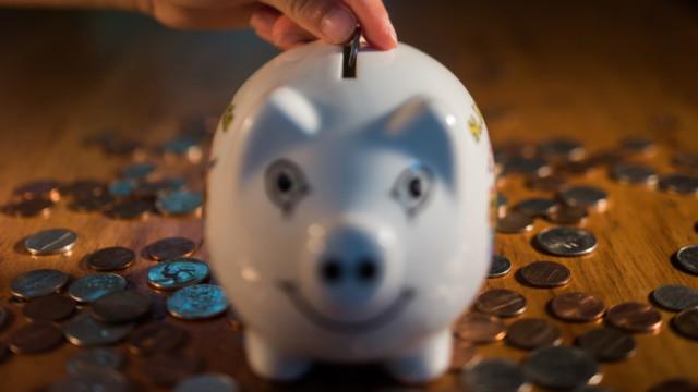 «Der deutsche Sparer hat sein Vermögen zu80% in verzinsten Sparformen angelegt. Er wird wohl min