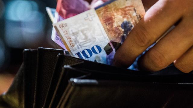 Wichtig sei, die finanzielle Altersvorsorge frühzeitig aufzubauen, sagte UBS-Ökonomin Jackie Bauer