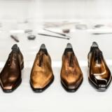 Blick in die edle Schuhschachtel