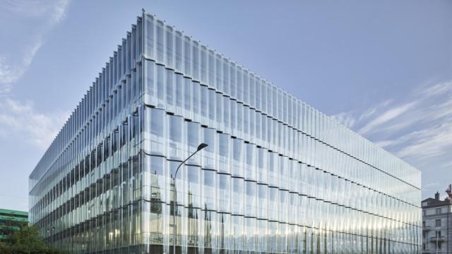 Neues Gebäude am Hauptsitz der Swiss Re in Zürich.