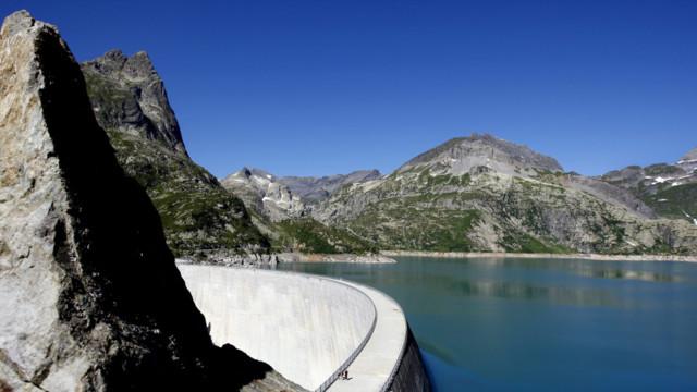 Schweizer Stauseen – im Bild der Lac d'Emosson – könnten in Zukunft auch als Speicherreserve