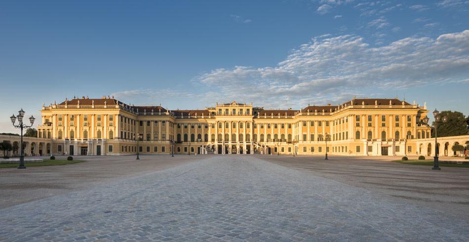 Schloss Schönbrunn: Hier herrschten Habsburger über ein buntscheckiges Reich.