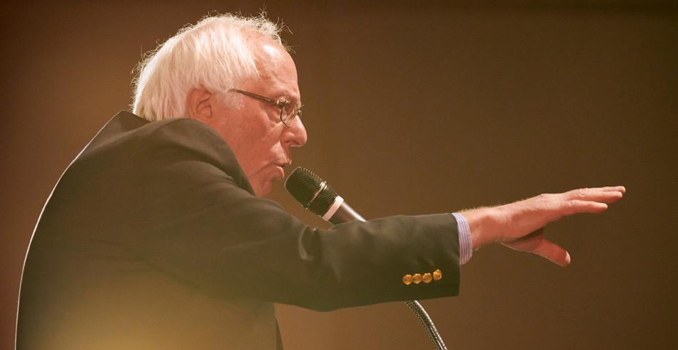 Politik:  Er will es nochmals wissen: Bernie Sanders. Der siebenundsiebzigjährige, parteilose, aber