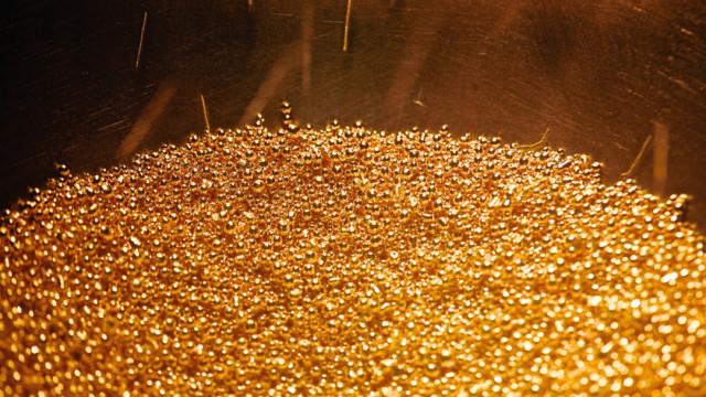 Die Fusionswelle in der Goldbranche hat die beiden Branchenriesen Barrick Gold und Newmont Mining vo