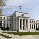 Fed hält an abwartender Geldpolitik fest