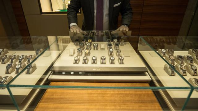 Watches of Switzerland ist mit einem Umsatz von rund 1 Mrd. Fr. der weltweit zweitgrösste Uhrenhän