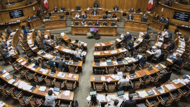 Das Parlament bürdet den Aktionären mit der Steuervorlage höhere Lasten auf.