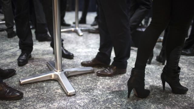 Der grösste Lohnunterschied besteht zwischen männlichen und weiblichen Führungskräften in vergle