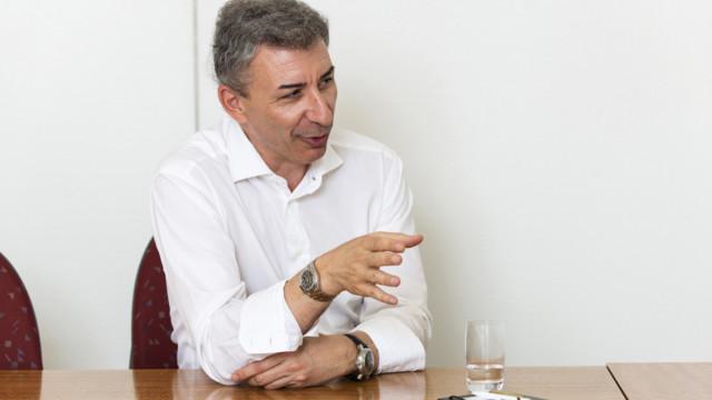 Spiliopoulos vergleicht Temenos mit amerikanischen, nicht Schweizer Tech-Werten.